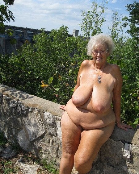 Фото голых бабушек порно